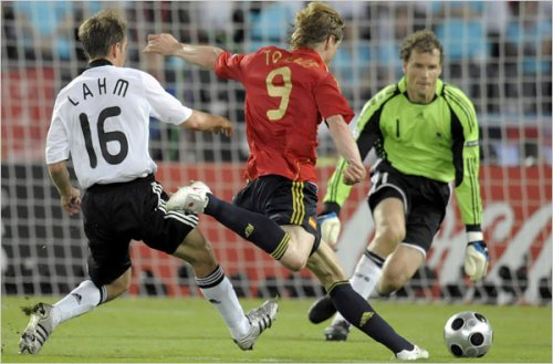 spain euro2008 goal Ole Ole! Spaniards Wins Euro Cup 2008
