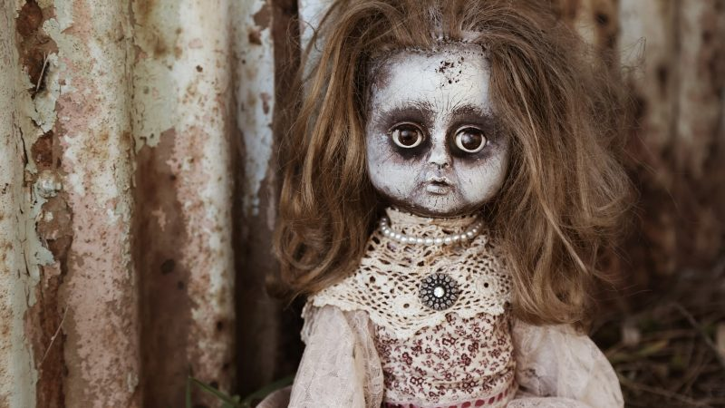 25+ Two Liner Horror Stories That'll Haunt You!!