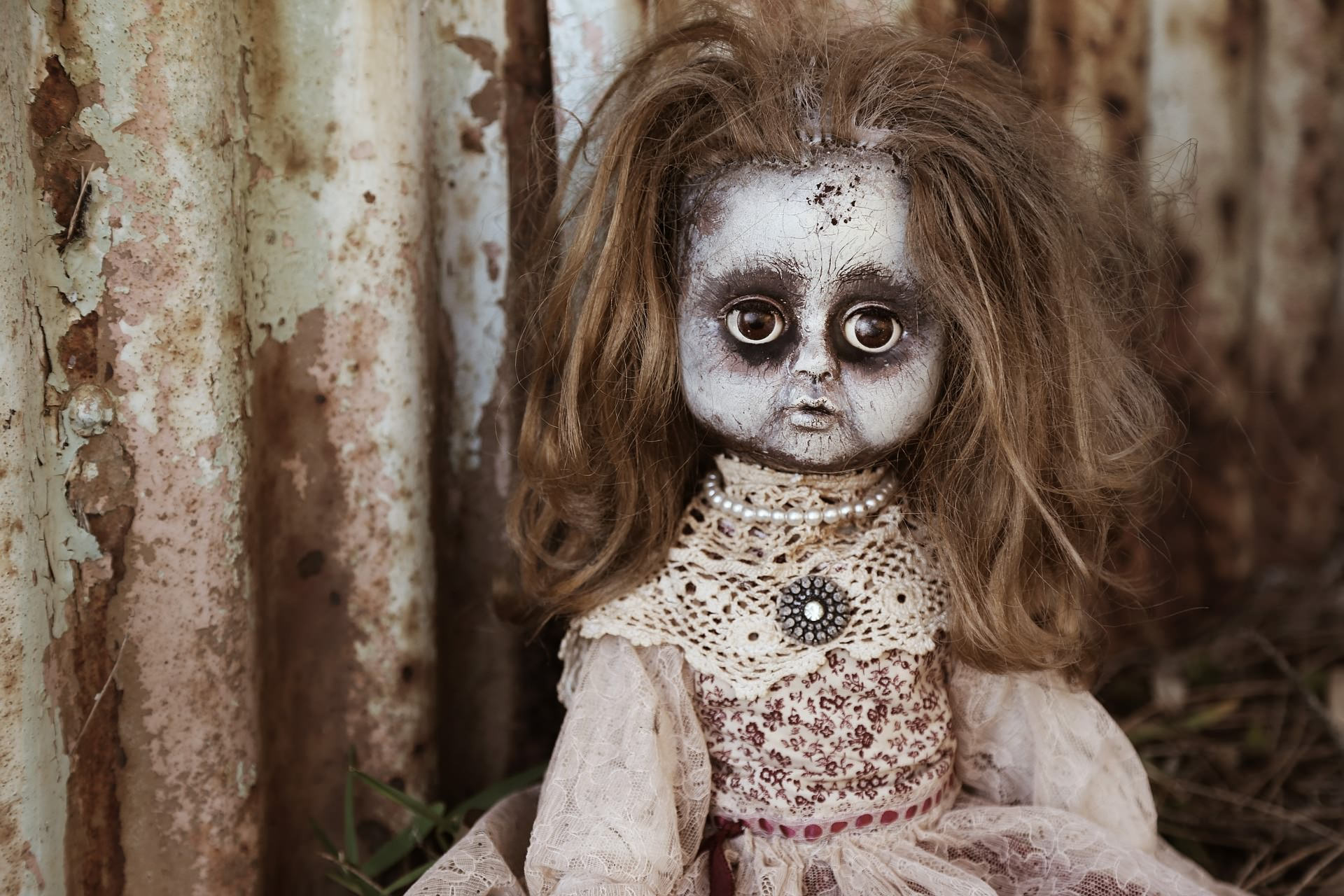 You are currently viewing 25+ Two Liner Horror Stories That'll Haunt You!!