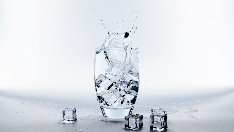 Drinking Cold Water Is Bad For You. Here's Why?